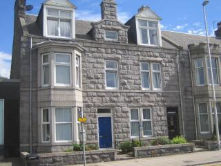 Armadale Guest House En Suite Twin/Double Room, holiday rental in Peterculter