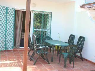 Chalet adosado, capacidad para 7 personas, piscina