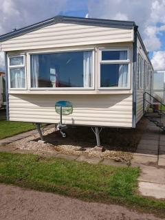 6 berth Caravan with ensuite on Kingfisher site, Ingoldmells