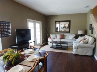 *Spring Special* Lucaya - 4 bed 3bath ID:57055