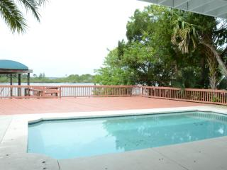 $eptember $pecials - Luxury Home On River #3110, Ormond Beach