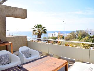 Sea view apartment, El Poris