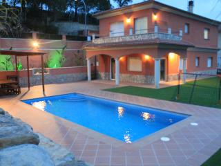 Villa Valverde Lloret de Mar, Best Holiday Home in lloret de Mar