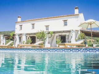 El Olivar - private, stylish, design led, luxury villa, mountain views, birdsong