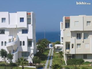 Appartement avec piscine et au bord de la plage