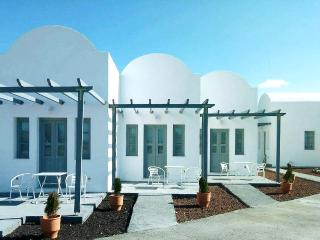 Villa Erifili 28 sq. m.  with a sea view!, Oia