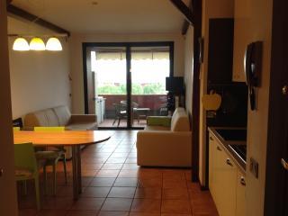 Desenzano appartamento fronte lago, Rivoltella
