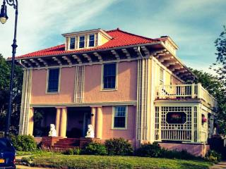 Beach Side Historical Mini Mansion  Summer Rental, Long Beach