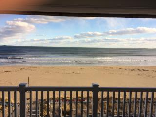 Oceanfront condo,spectacular views, Old Orchard Beach