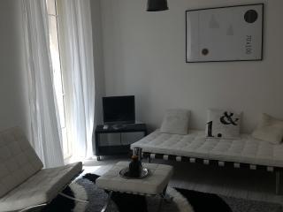 air-con cozy apartment center Nice 3