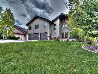 5560 SqFt Home with AMAZING Views! (JR8865), Park City
