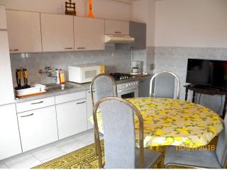 3 bedrooms apartm. in Stinjan  -170/1, Pula