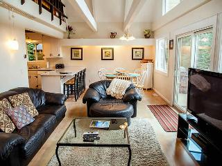 Lake Tahoe! Lovely Home, Pvt Hot Tub! (SV1532), Olympic Valley