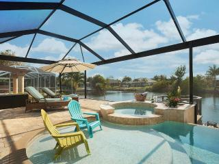 Villa Oasis - New! Pool, Jacuzzi & Gulf Access, Cape Coral