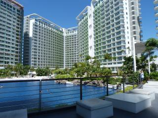 Azure Man-made Beach 1-Bedroom Apartment Paranaque