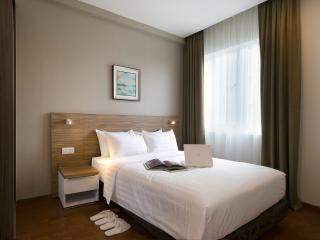 The Haven Ipoh-2+1 Bedroom Lakeview Superior Suite - 5