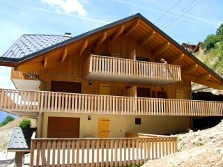 Superbly located 2 bedroom apartment in Vaujany