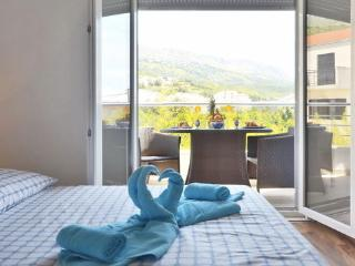 Villa luXap comfort cosy apartment 4 near split