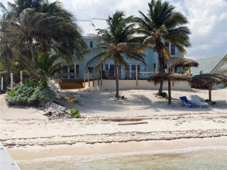 Beach Plum Villa, Grand Cayman