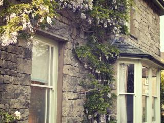 School House Holiday Let-2 Bed,Central & Parking, Kendal