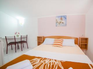 Accommodation Petrovic-Double Studio with Balcony4, Budva