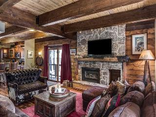 Mountain Townhome in Steamboat Springs – Private Hot Tub, 5 Minutes to Slopes