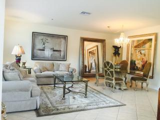 Beautiful, spacious, gated, prestigious near beach, Boca Raton