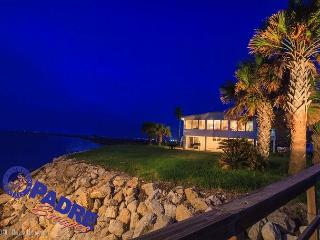 Baja Laguna is one-of-a-kind! It offers unmatched privacy and views!, Corpus Christi