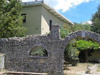 Casa Antinum - Vacanze nelle Montagne d'Abruzzo, Civita d'Antino