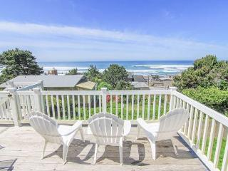 Ocean View Home in Road's End, Great Amenities, Easy Beach Access Nearby