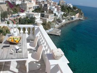 Villa Thalassographia Syros, Hermoupolis