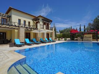 Villa Galinios - 327, Paphos