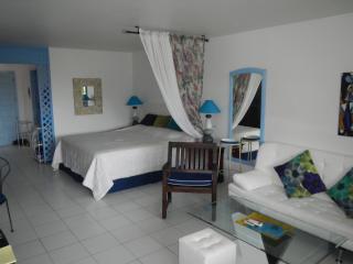 Best Deal Home Away Orient Beach, Rental Car, More, Orient Bay