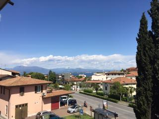 APPARTAMENTO DESENZANO CENTRO VISTA LAGO, Desenzano Del Garda