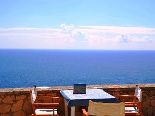 Villa LA MANNUTE sea view in peacefull place