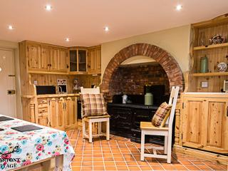 Ulster Cottage Belfast Northern Ireland - NITB 4* Holiday Home - Short Term Let
