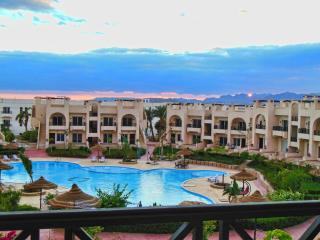 Elite apartment sunny lakes resort with pool view, Sharm El Sheikh