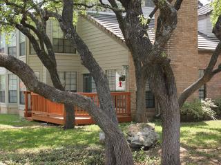 Paradisiac house, villa in the city near to all, San Antonio