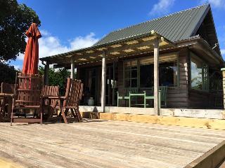 Mangawhai BreveCharacter Schooner cottage