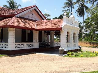 4 bed room Colonial Villa in Matara, Weligama