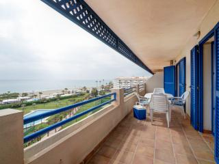 Front line beachfront apartment in Sabinillas, San Luis de Sabinillas