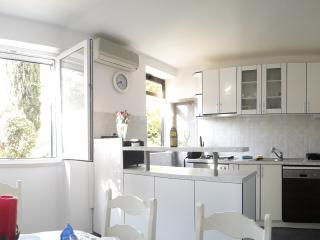 Nostromo 3 Bedroom Apartment, Dubrovnik
