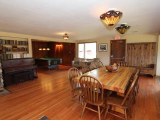 Brewster Kananaskis Guest Ranch - Private Retreat, Sleeps 10!, Seebe