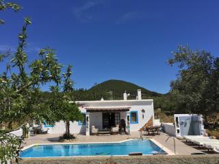 Magica casa payesa  con piscina sin vecinos, Santa Eulalia del Rio