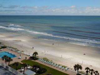 Daytona/Ormond Beachfront w/ Great Views!