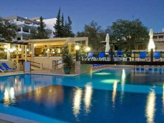 Balaia Vintage - A house overlooking the beach!, Olhos de Agua