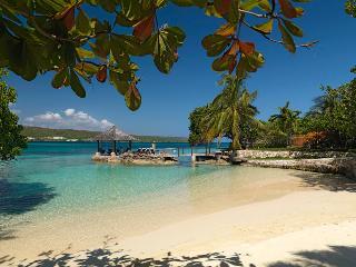 Amanoka - Discovery Bay. Jamaica Villas 7BR, Runaway Bay