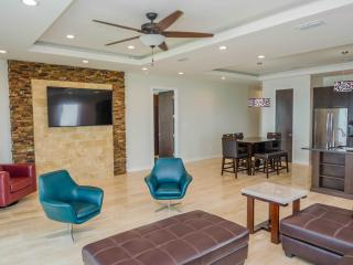 BEACHFRONT CONDO - 3 BEDROOM, Ilha de South Padre