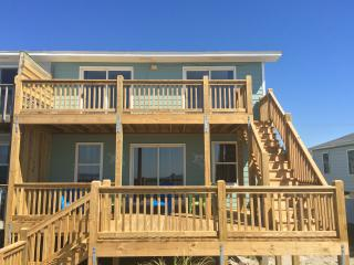10% discount offered. Ocean Front Cottage with Breathtaking Views, Emerald Isle
