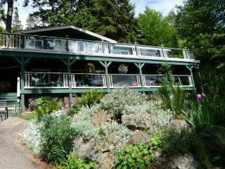 Privateer Holiday Rental, Bowen Island, BC